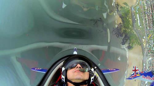 aerobatic_stunts_small